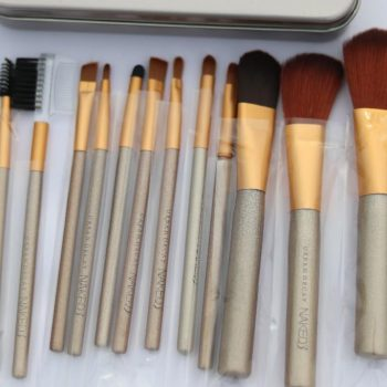 Naked3 12 Pieces Make Up Brush Set cloud shop bd cloudshopbd.com
